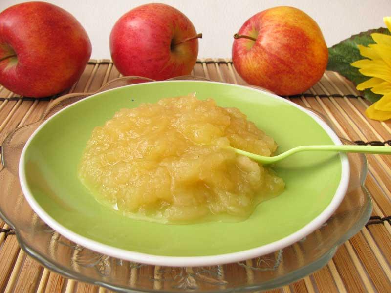 Geriebener Apfel: Selbstgemachter Apfelbrei