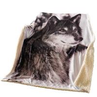 Kuscheldecke Wolf
